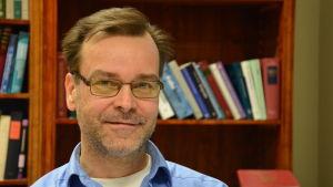 Närbild på professor Björn Sandvik.