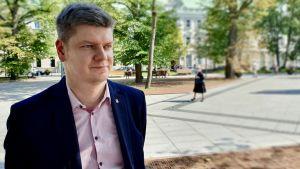 Aleksandras Zubriakovas, Vilnius stads borgmästares rådgivare.