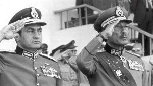 Hosni Mubarak och Anwar Sadat.