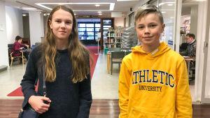 Två barn på Grand