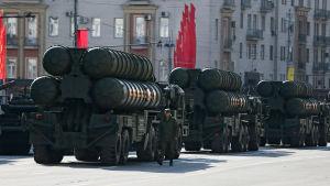 De ryska S-400 missilsystemen på parad i Moskva.