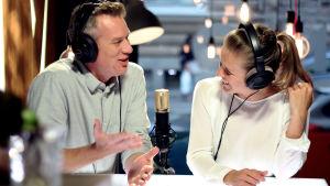 Mårten Svartström och Sonja Kailassaari i Efter Nio