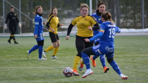 Annika Grundvall är lagkapten och trotjänare i IK Myran.