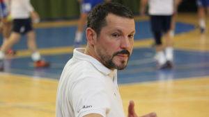 HIFK:s chefstränare Rostislav Grinishin.