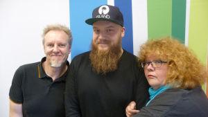 Kasmir, Josper Knutas, Kirsi Väänänen