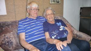 Leif och Dolly Heino har varit ett par i över sextio år. Även Leif är aktiv i hembygdsföreningen.