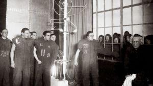 Robotteja näytelmässä R.U.R. vuonna 1923.
