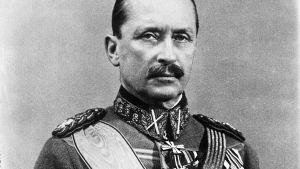Svartvitt porträtt på Mannerheim