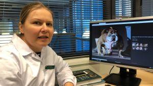 Pieneläinsairauksien erikoislääkäri Vilma Reunanen.