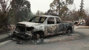En utbränd bil i norra Kalifornien.