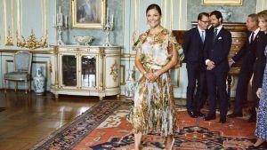 Kronprinsessan Victoria på kungliga slottet i Stockholm under firandet av Finlands jubileumsår.