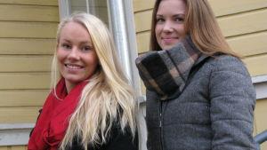 Isabella och Christa är 16 år och går i Katedralskolan i Åbo.