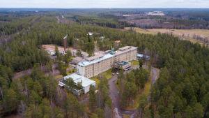 Mjölbolsta sjukhusbyggnaden från luften