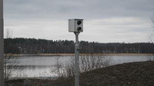 övervakningskamera invid vik