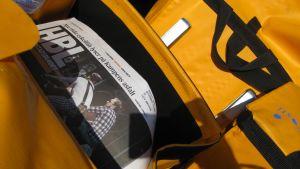 Tidningar i postväskor