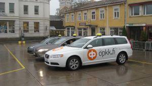 Taxibilar på Ekenäs torg