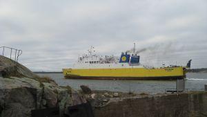 Via Mare gjorde sin första resa med passagerare på rutten Hangö-Paldiski