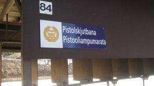 Pistolskjutbanan i Baggby används av flera myndigeheter och skytteföreningar.