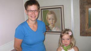 Jonna Nyström målades av Swetlik - nu är dottern porträttlik
