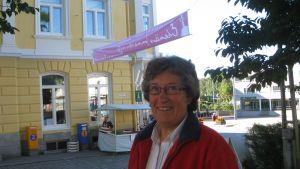 Helene Selenius bil blev stulen från järnvägsstationen i Karis.
