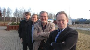 Bakom fr.v. Marcus Grönholm, Ilkka Kilpimaa, Sten Öhman och Jarl Boström skall det byggas i framtiden.