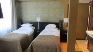 Ett hotelrum på Billnäs bruk.