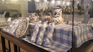 Bordsporslin från Mannerheims fyra vindarnas hus