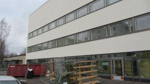 Novagos företagarhus under uppbyggnad på Nummisvägen i Lojo i november 2012.