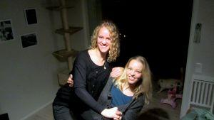 Hatty Bell och Lina Ekblad