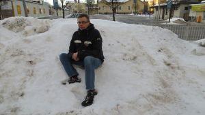 Jan-Olof Näs, tidigare skidtränare och expertkommentator på YLE