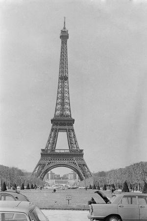 Eiffeltornet år 1967