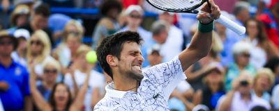 Djokovic till final efter tuff femsetare