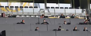 Det var glest på pressläktaren i Dortmund.