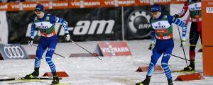 På lördagen tävlade Ilkka Herola (till vänster) och Eero Hirvonen (till höger) i Ruka.