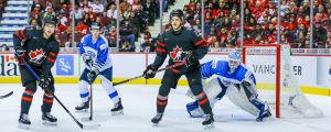Ukko-Pekka Luukkonen vaktar målet mot Kanada vid JVM 2019.