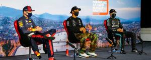 Tvåan Max Verstappen, segraren Lewis Hamilton och trean Valtetri Bottas intervjuas efter loppet.
