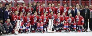 HIFK i lagbild med bronsmedaljer.