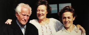 Alfons Almi, Doris Laine ja tytär Heidi Almi.