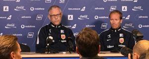 Lars Lagerbäck mötte pressen i Reykjavik på torsdagen.