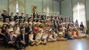 Studenter 2013 från Vasa övningsskolas gymnasium.