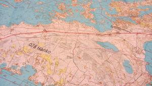 En karta över hur elektrifieringen av Hangö-Hyvingebanan skulle se ut på Hangö udd.