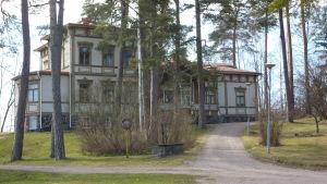Villa Ormnäs i Ekenäs.