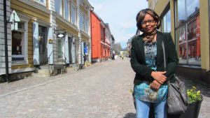 Borgåbon och trebarnsmamman Jacqueline Utujije från Rwanda