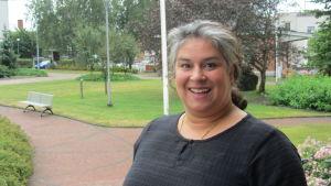 Eva Comét är operasångerska och ordförande för operaföreningen i Raseborg