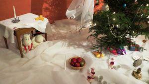Muminfamiljens julgran enligt Borgå museums tolkning