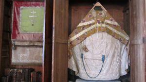 Lovisa ortodoxa kyrka, den heliga jungfru Maria Kazanskayas kyrkas kyrkotextilier