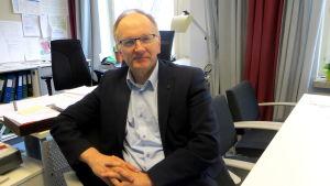 Kari Hällström.