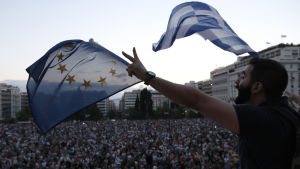 Greker demonstrerar i Aten den 18 juni 2015.