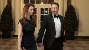 Elon Musk med sin dåvarande fru i Vita huset