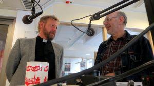 Fred Wilén och Nisse Husberg i Borgåstudion.
